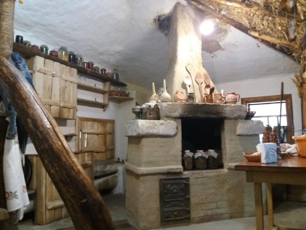 Orheiul Vechi local restaurant